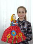 таня с куклой